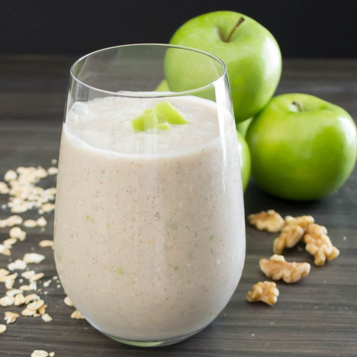Apple Walnut Smoothie | Pick Fresh Foods  INGREDIENTS 1 cup ice 1 cup reduced sugar almond milk 1 small granny smith apple, diced 1 small banana 4 oz fat free, plain greek yogurt ¼ cup old-fashioned oats 1 tbsp chopped walnuts ½ tsp ground cinnamon