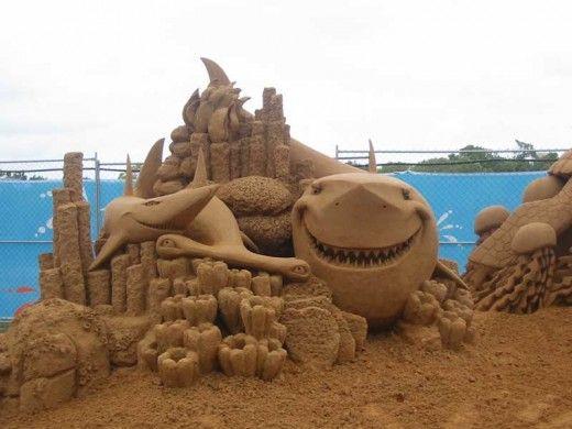 Sand sculptures...AMAZING!