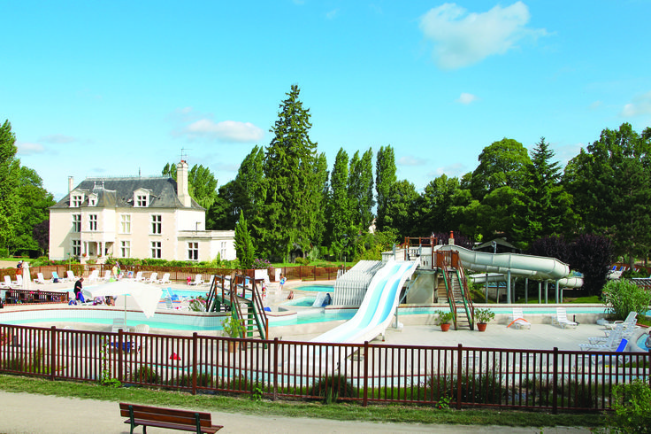 29 best images about camping in the loire valley on for Camping chateaux de la loire piscine