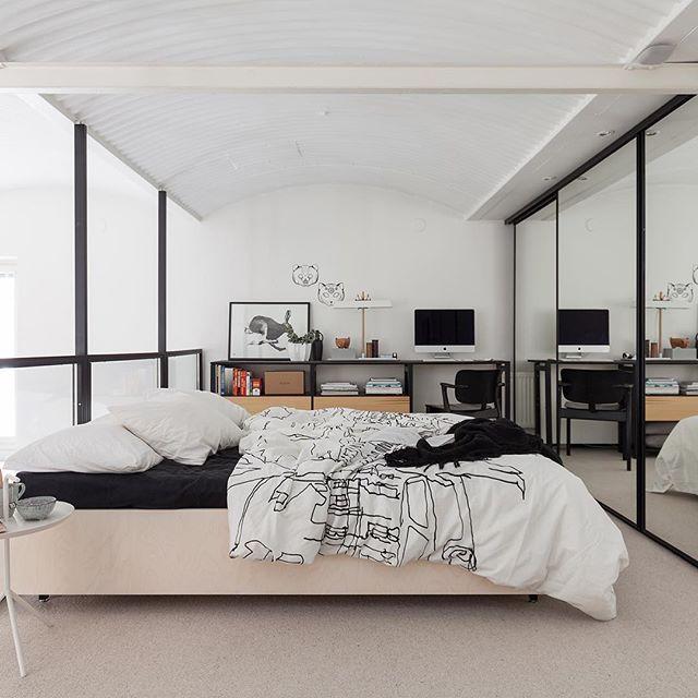 Tähän kotiin olette saattaneet törmätä jo aiemminkin, mutta meillä on nyt ilo kertoa, että tämä voi pian olla sinun! Tämä pieni loft-asunto ilmestyy myyntiin vielä tällä viikolla! #bolkv #comingsoon #homeforsale #loft #verkaranta #bedroom #inspiringhomes #interiorinspiration #sisustus