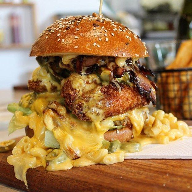 Tried our collaboration burger with @damoforce yet? The force is strong with this one.  Look at that mac n cheese  --- #threeone2one by threeone2one