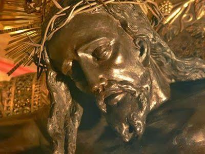 Señor Jesús, creemos que estás vivo y resucitado.  Creemos que estás realmente presente en el Santísimo Sacramento del altar y e...