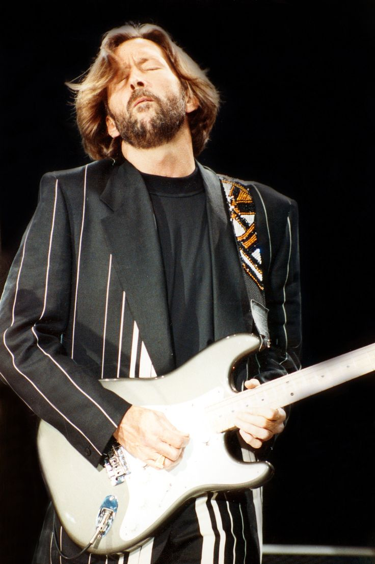 30 best clapton on tour 1990s images on pinterest musicians guitar players and john mayall. Black Bedroom Furniture Sets. Home Design Ideas
