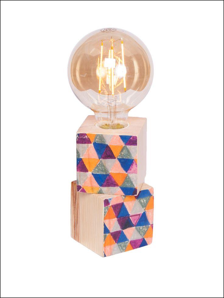 #Lámpara de #madera hecha a mano. ¡Clica para ver más!