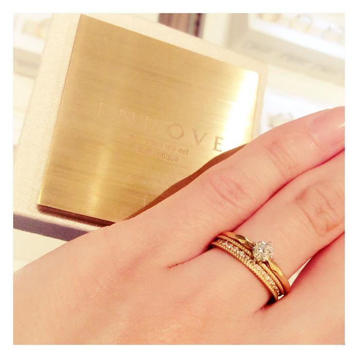 ENUOVE  シグネットとセルカの重ねづけ♡ 大人オシャレなリングコーディネート♡ . . #婚約指輪#結婚指輪#PIKO#cute #love #l4l#LOVE#重ねづけ#ゴールド#エンゲージ#マリッジ