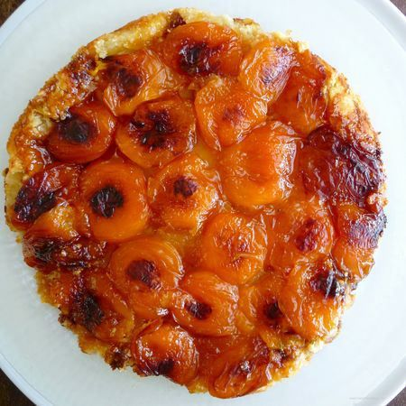 Apricot Tarte (true tarte tatin method)