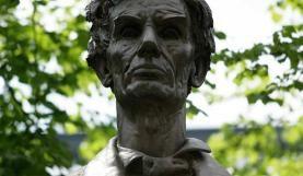 Statue of Abraham Lincoln, Lincoln Square, Manchester