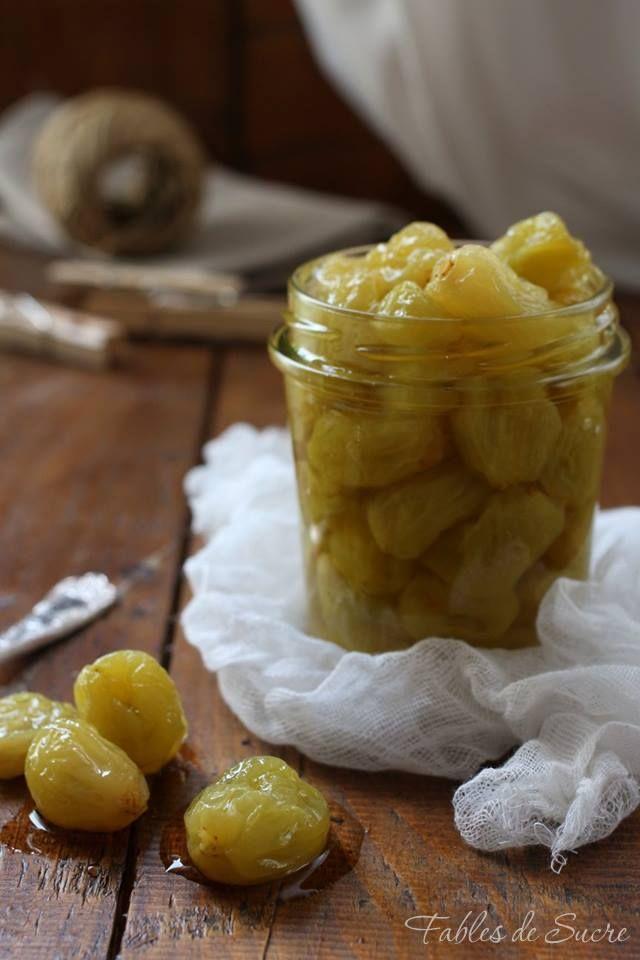 Questi morbidi e dorati acini di uva candita, sono ideali per accompagnare macedonie, gelati, creme, ma anche formaggi o carni saporite come l'anatra.