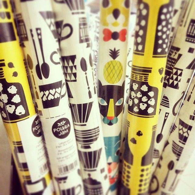 #giftwrap #illustration #akateeminenkirjakauppa #polkkajam #putinki