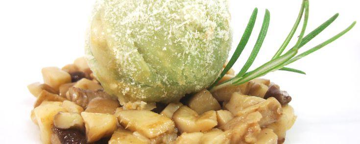 Ristorante da Gigetto - Cocofungo: Lasagna in sfera su porcini e profumo al pino mugo