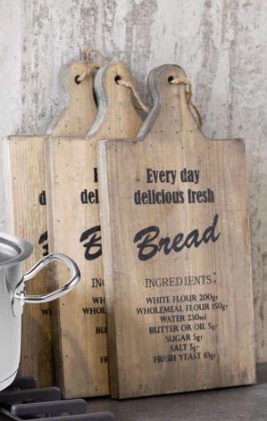 Broodplank met tekst erop