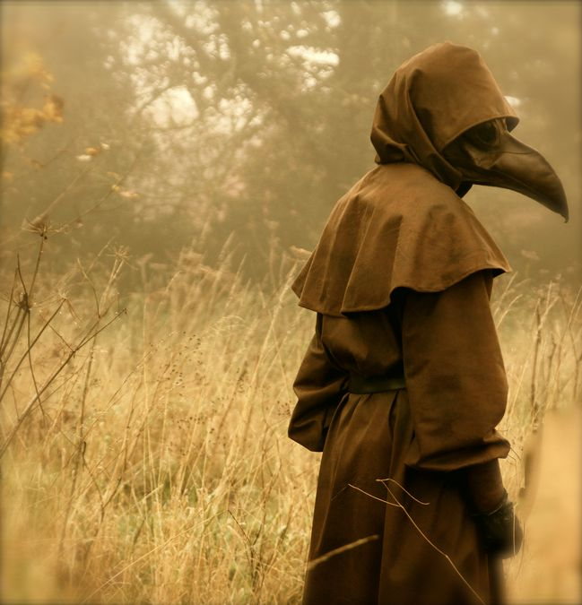 Plague Doctor - Sophie Lupton ♡ I'd like to make a costume like this for Halloween.