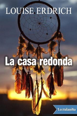 Un domingo de primavera de 1988, una mujer india ojibwe es agredida en la reserva donde vive en Dakota del Norte. Los detalles de la brutal violación tardan en conocerse ya que Geraldine Coutts ha quedado traumatizada y se niega a revivir o contar lo o...