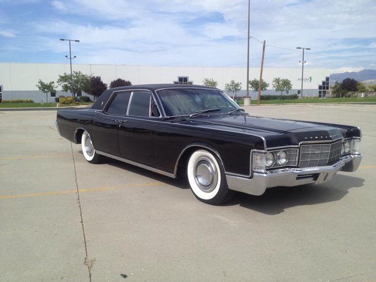 1000 images about lincoln continental 65 66 67 on pinterest cars for sale vehicles and pictures. Black Bedroom Furniture Sets. Home Design Ideas
