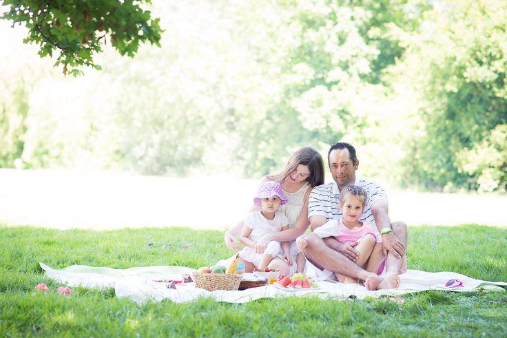 Familien Fotoshooting mit Picknick am Mainufer in Flörsheim - Soulprint Fotodesign