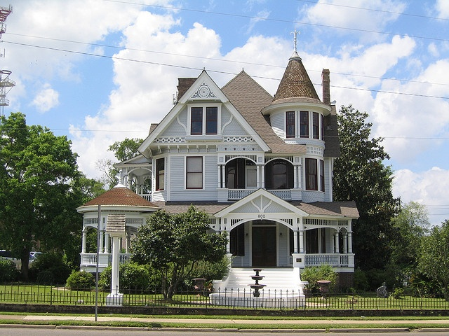 17 best images about old houses and castles on pinterest for North ms home builders
