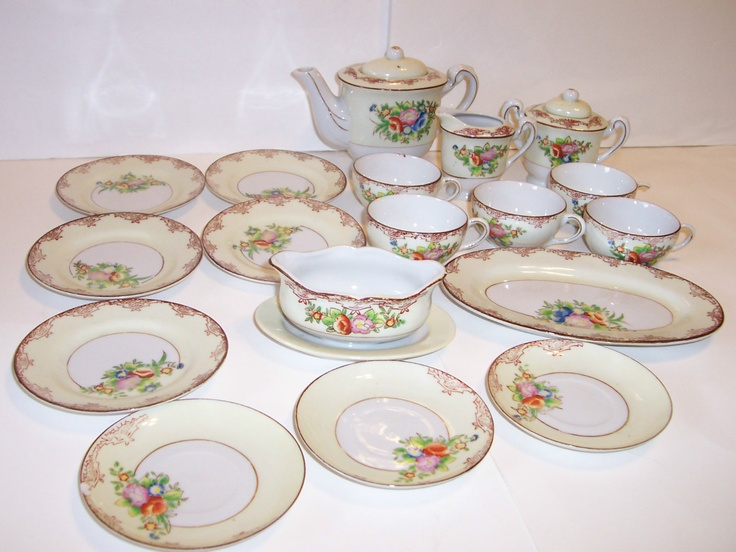 Vintage Child\u0027s Tea Set Dinnerware Set 20 Pieces Pink/Blue/Red Flowers/Japan & 39 best Children\u0027s Dishes images on Pinterest | Tea time Tea sets ...