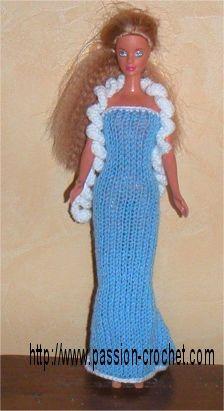 Robe de soirée au tricot et crochet pour Barbie