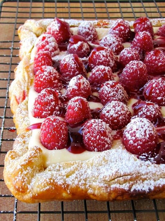 Rustic Raspberry Lemon Cheesecake Tart ~ #food #recipe