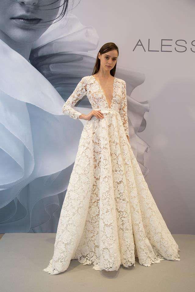 3dcd5c373eca Abiti da sposa Alessandra Rinaudo 2019 (Foto 21 30)
