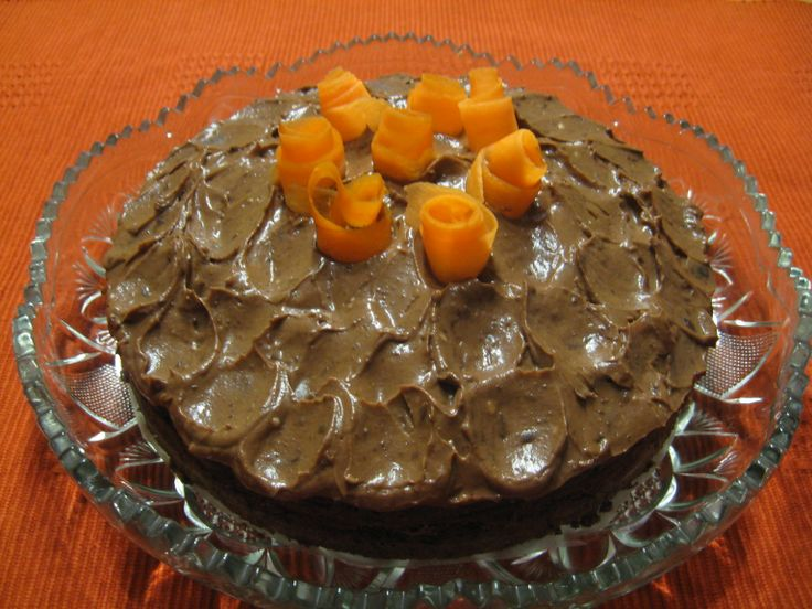 Suklaa-porkkanakakku