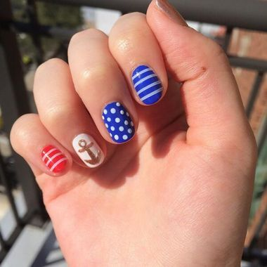 10 perfect manicures for summer.: Memorialday, Nautical Nailart, Nails Design, Manicures, Nails Diy, Memorizing Memories, Nautical Nails Art, Nail Art, Memories Day