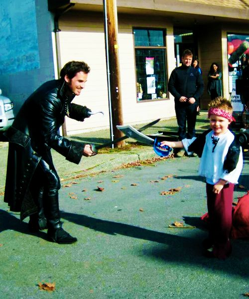 Daddy Hook with his son Evan on set.   How cute is this????