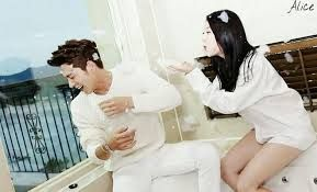 Image result for yura and jonghyun selfie