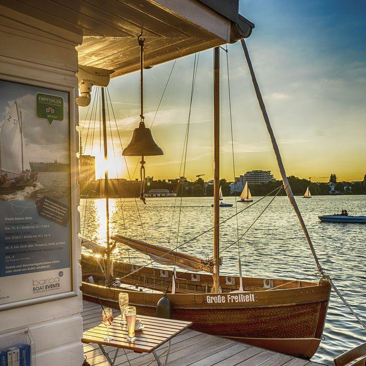 Hamburg Außenalster Sonnenuntergang | Hamburg Fotos und Bilder | Hamburg Bilderdruck | Fotos Hamburg | Hamburg lütte Bilder #hamburg #hamburgfoto #hamburgbilder #bilderhamburg #fotohamburg