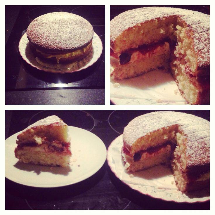 How to Make a Easy Victoria Sponge Cake