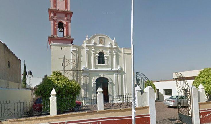Iglesia de Nuestra Señora de la Coronación, se ubica en calle 3 Oriente # 201 Col La Libertad P