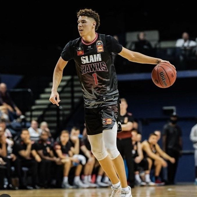 Illawarrahawks Go Down 90 81 On Opening Night Melo Finished With 12 Points 10 Rebounds And 5 Assists Lamelo Ball Ball Pretty Boys