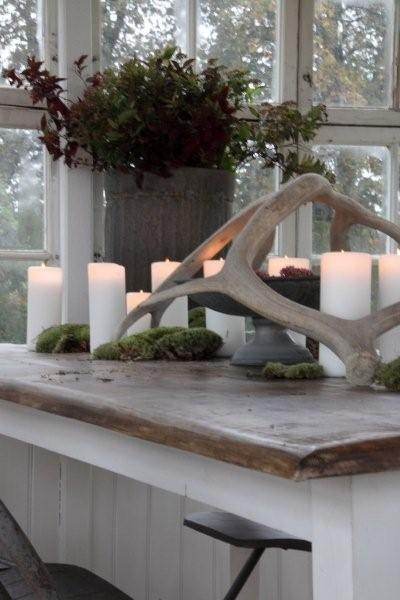 Wood island top. (earthy tablescape - love the antlers)