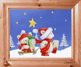 gif animé fêtes de noël 2 oursons blancs, l'un assis sur une luge avec un cadeau dans les bras l'autre entrain de la tirer sous le regard attendri d'une étoile