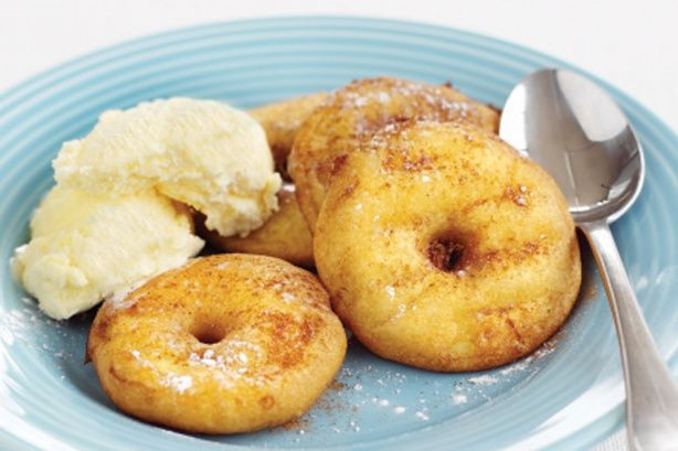 Apple doughnuts with ice cream. #food #autumn #apples #doughnuts #donuts