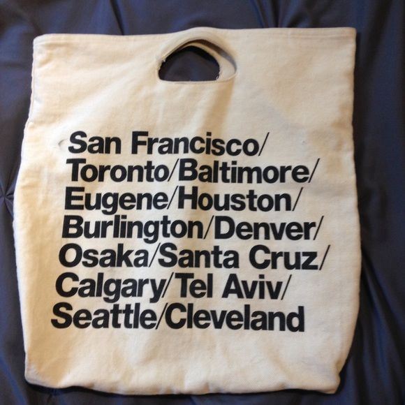 American Apparel Cloth Cities Bag Tote this is such a cute bag! minimal damage on the handles. no straps, but they could easily be sewn on. real American apparel. American Apparel Bags Totes