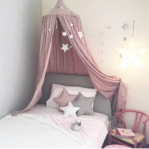Lovely pink layout with N74 dusty pink canopy, star cushions and falling star…