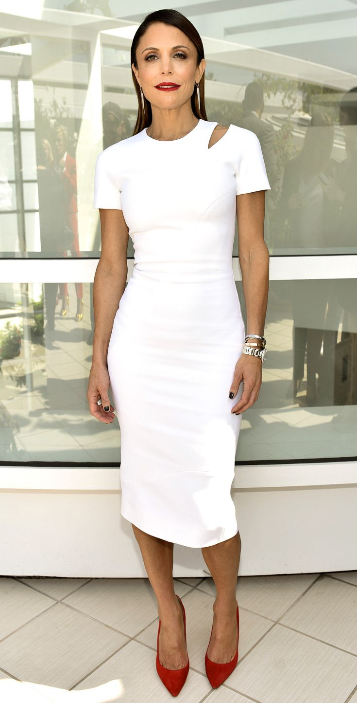 Белое платье красные туфли фото