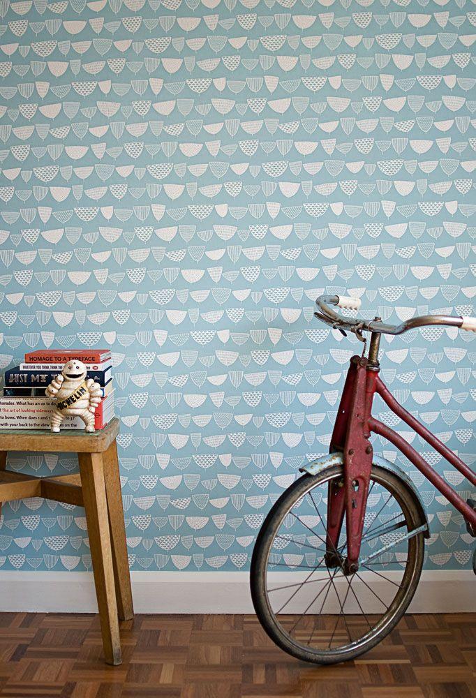 Inspirerande hall med tapet från kollektionen Miss Print 4 MISP1158. Klicka för att se fler fina tapeter för ditt hem!