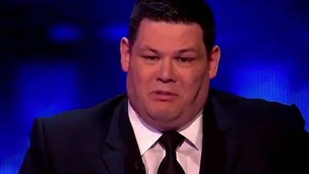 Frustrated Mark Labbett punches wall after losing on The Chase