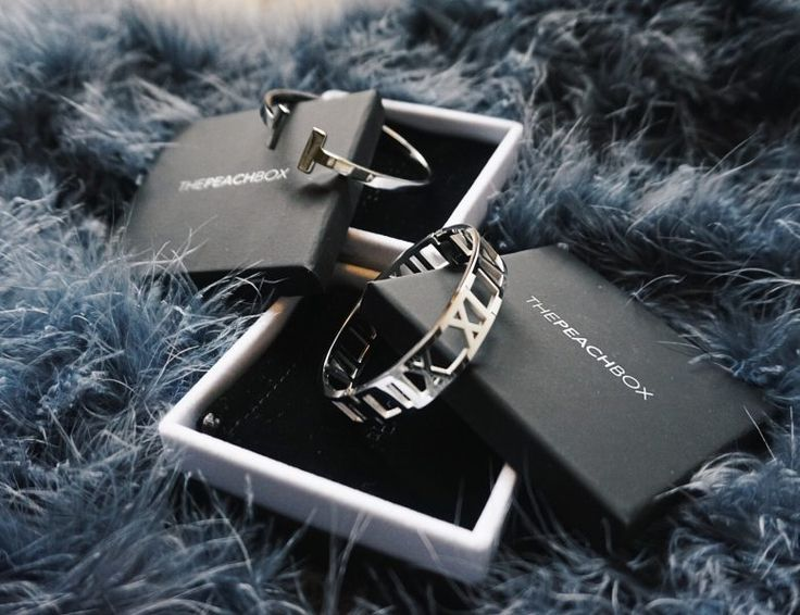 Silver bangles by @thepeachbox
