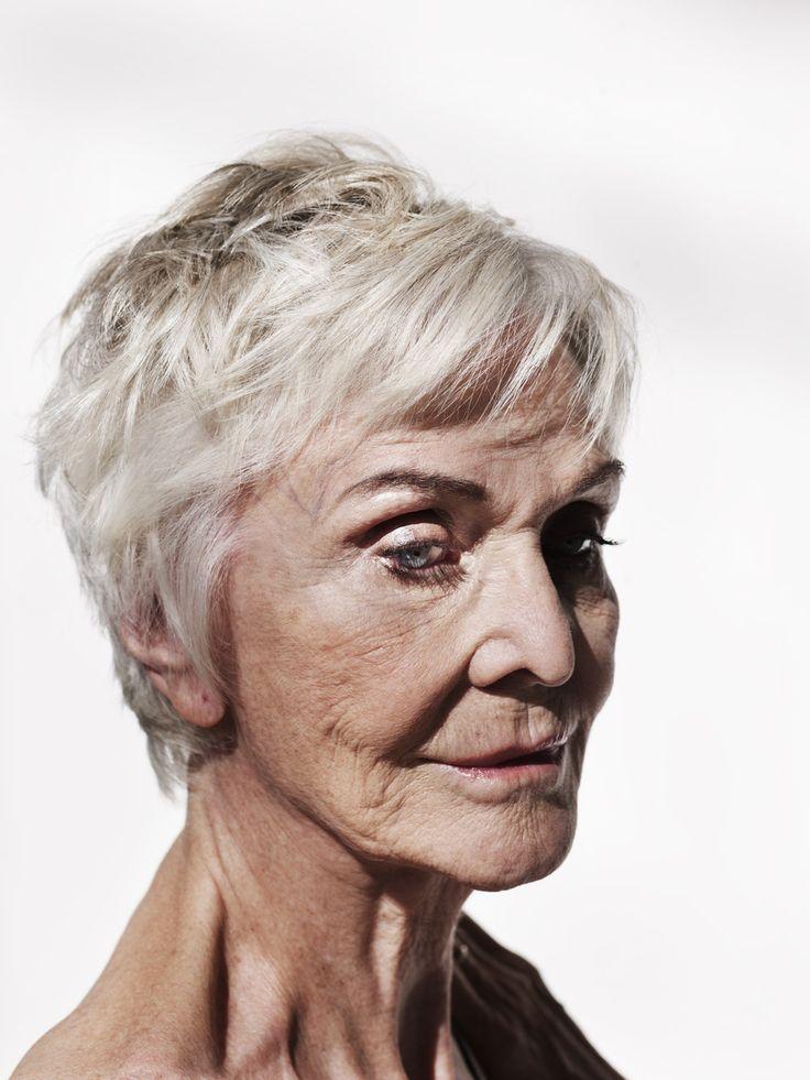 Nannie Slagg: Sheila Hancock
