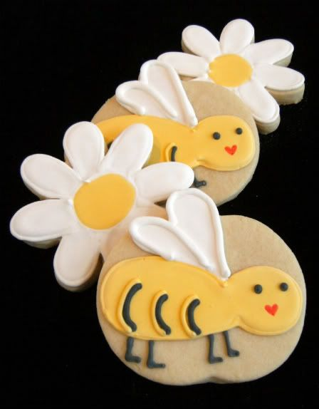 Bee Cookies With Daisys