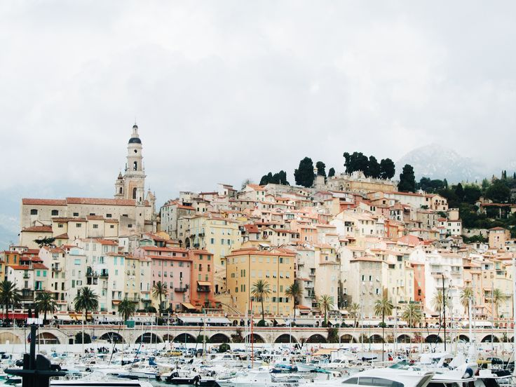 Menton: De parel van Frankrijk. #menton #frankrijk #reisblogger #reizen #travel