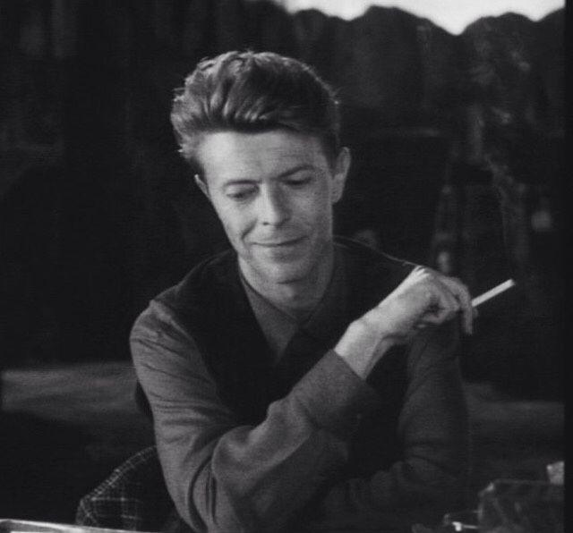 missgrinningsoul:  Favorite David Bowie pictures 82/?