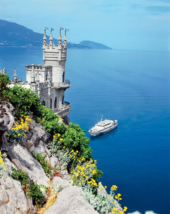if i was a real-life princess, i'd want this one. swallow's nest castle in yalta.