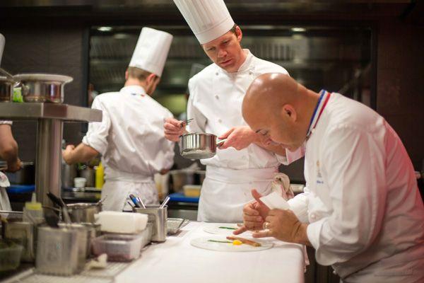 Au coeur de la brigade du Chef Olivier Nasti #gastronomie