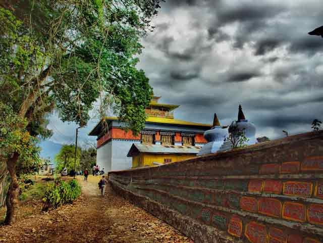 Situated at high altitudes, Tashiding Monastry is a perfect Spiritual and heritage spot