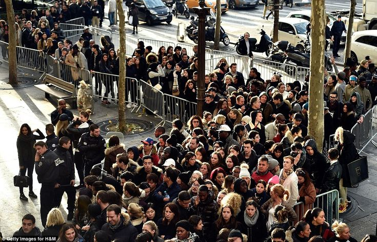PEOPLE WAITING FOR SOMETHING TO HAPPEN - H&M opening