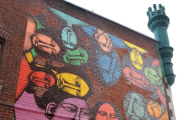Labrona Paints Stunning Mural in Montreal